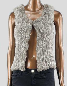 525 AMERICA 100% Rabbit Fur Vest in naturalcolors. Open front. Size: Medium