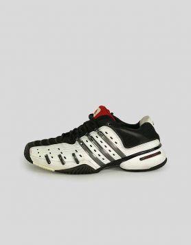 Adidas - 9 US