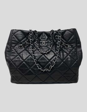 Chanel Shopping Tote in Black Caviar Leather