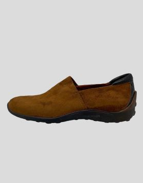 Donald J Pliner Neys brown suede slip-on shoes with rubber sole and black croc detail at heel