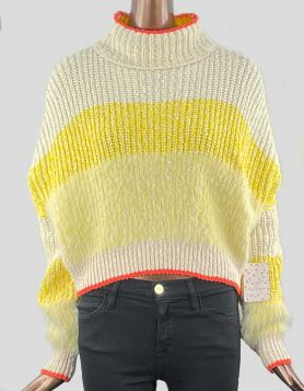 Free People Sunbrite Cotton Blend Sweater with mock neckline. Oversized with relaxed shoulders. Mock Neckline. Size: Small