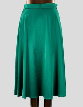 Avital emerald green full A-line silhouette skirt. Size: Medium