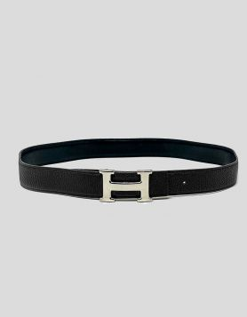 Hermès Reversible 32 mm H Belt Kit in smooth Black and textured Brown Leather. Colorblock Pattern. Silver-Tone Hardware. Clemence Leather Trim. Reversible.