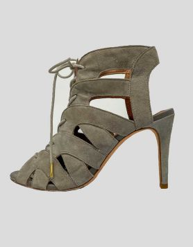 Joie cutout accent pumps in grey suede. Peep-Toes with cutout accent Size 37.5 IT