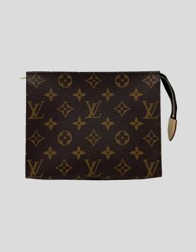Authentic Louis Vuitton Monogram Toiletry Pouch 19, crafted of classic Louis Vuitton monogram on the toile canvas. New in box with dust bag.