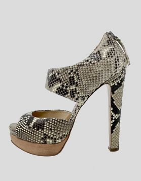 Miu Miu Snakeskin Cutout Accent Pumps - 37.5 IT
