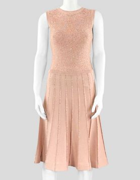 Oscar de la Renta pink sleeveless knit dress with A-line silhouette and silver sequin accents