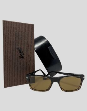 Persol 3037 Sunglasses