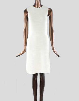 Ralph Lauren sleeveless crew neck shift dress with crewneck and sleeveless. Pull-On. Size: Medium