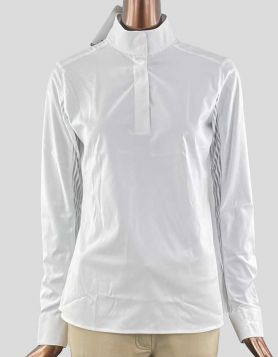 RJ Classic 'Lauren' white show shirt featuring a pullover design and fit with white mesh detailing and snap closures. Size: Medium