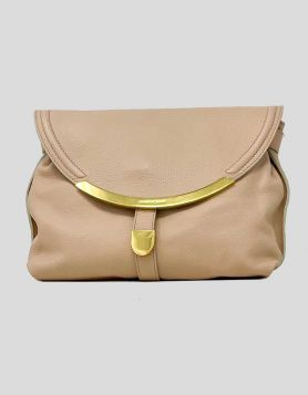 See by Chloe light pink clutch with gold-tone detail featuring a curved shape and jewelry-inspired details. Made from textured leather, the front flap opens to reveal adjustable strap