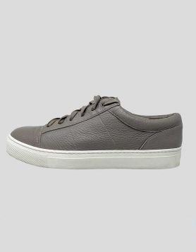Vince Sneakers - 7.5 US