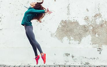 woman-activewear